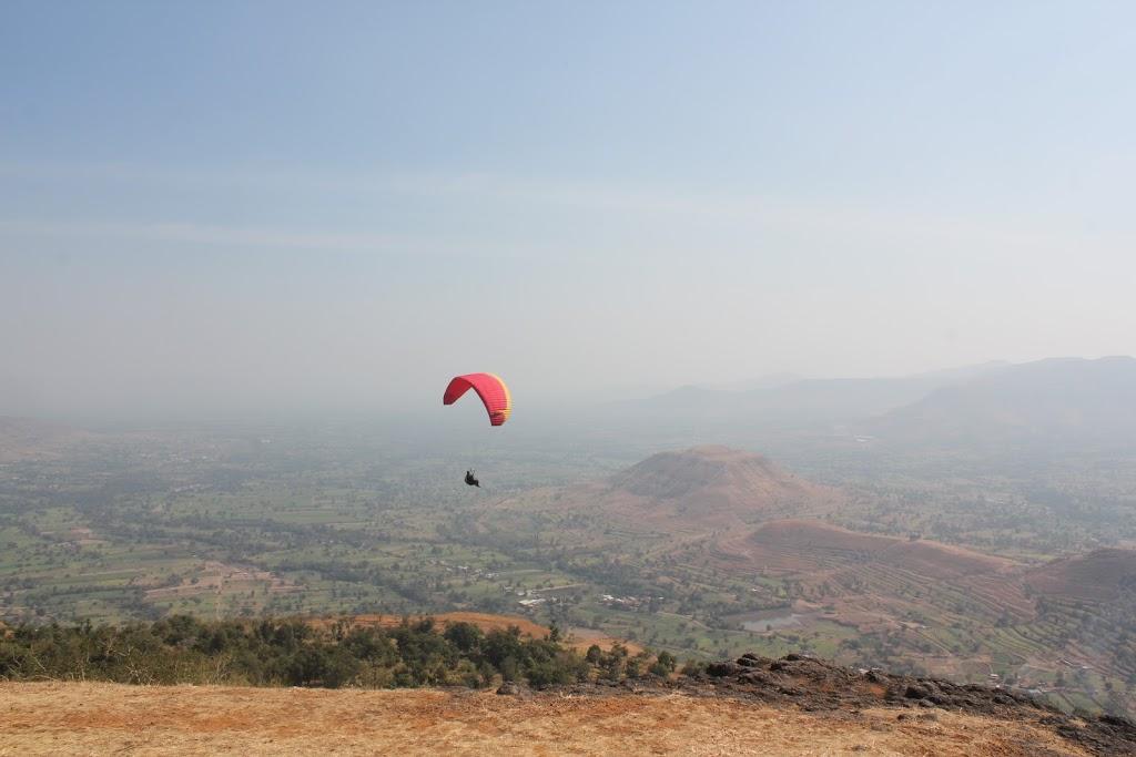 Side View_Panchagani_Paragliding_Tour_2016_TemplePilots
