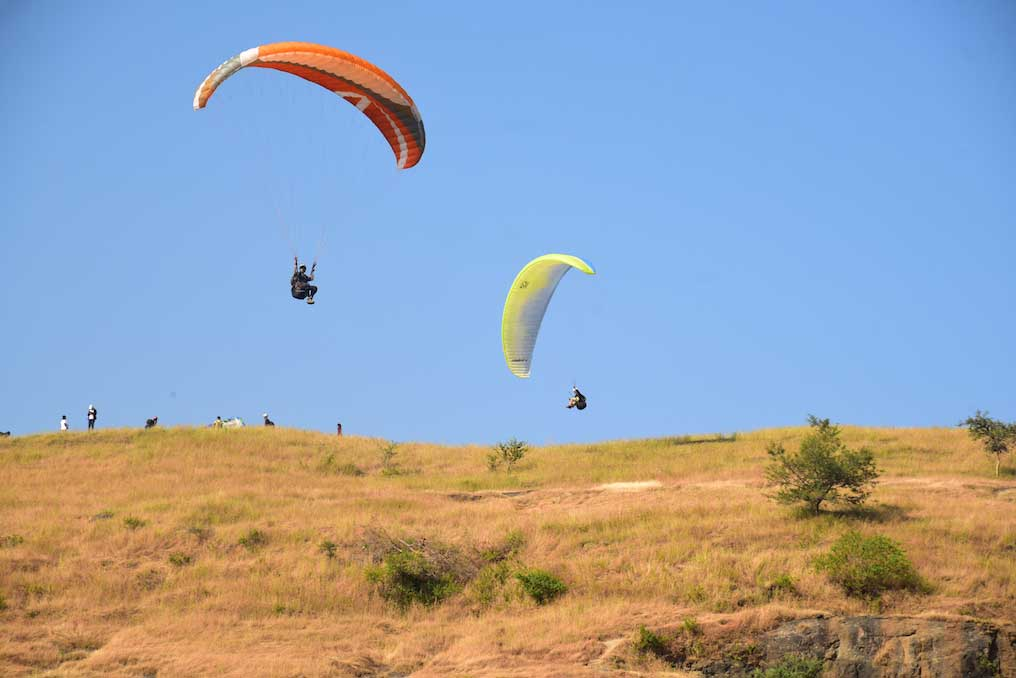 What is Paragliding - by Temple Pilots Paragliding, Kamshet