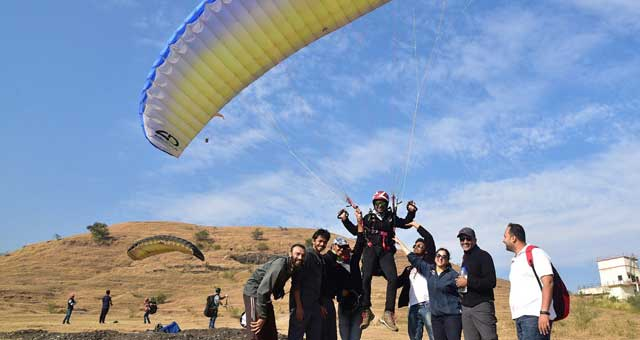 P2 Paragliding Course in Kamshet by Temple Pilots