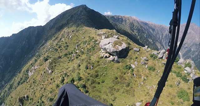 Paragliding in Bir Billing, Himachal Pradesh - Temple Pilots