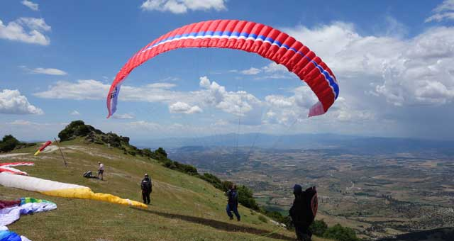 Paragliding in Europe - Temple Pilots